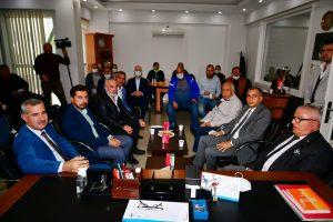 Yeşilyurt Belediyesi'nden Amatör Spor Kulüplerine Eşofman Desteği!