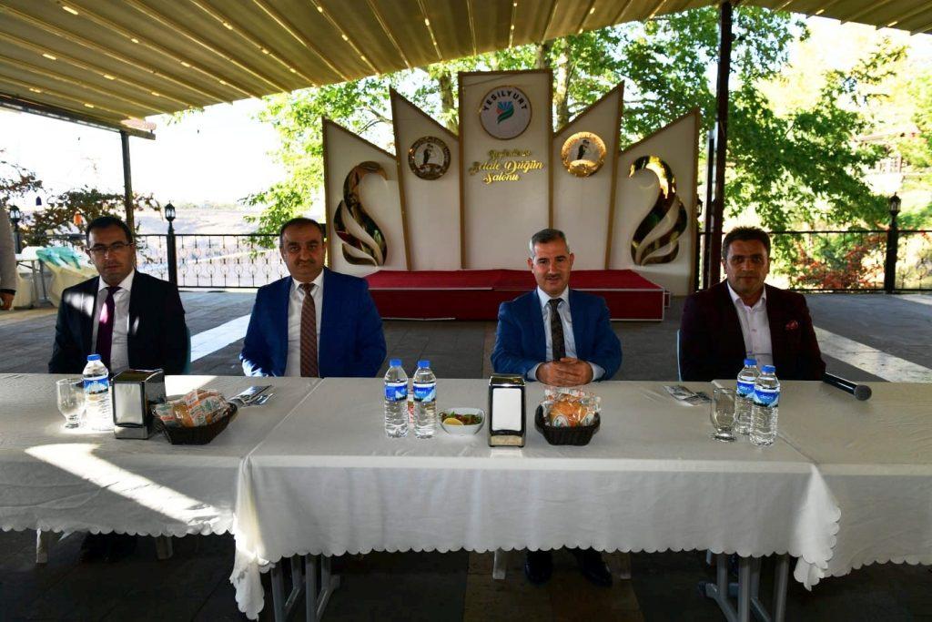Başkan Çınar, Temizlik İşler Müdürlüğü Ekipleriyle Biraraya Geldi